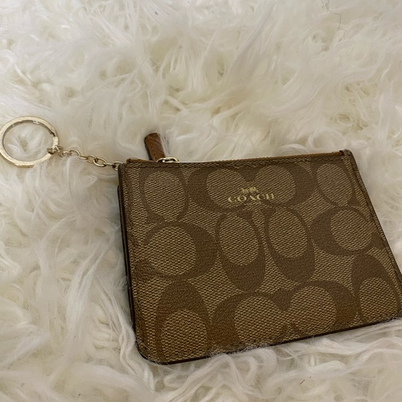 Coach Accessories - Coach keychain card holder